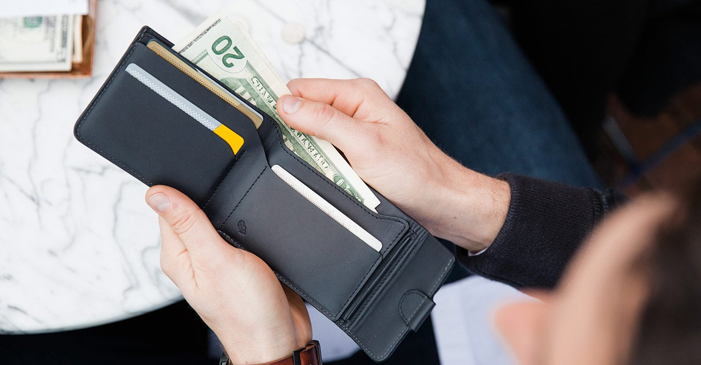 how to carry cash without a wallet